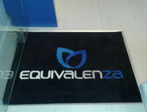 Gepersonaliseerde tapijt voor Equivalenza in Brussel