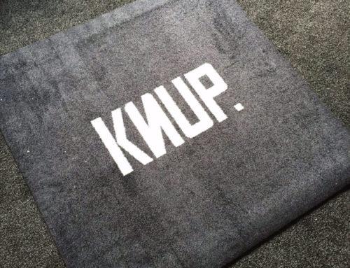 Een gepersonaliseerde tapijt op maat voor Knup
